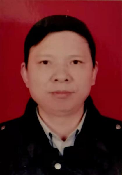 胡湘桂 (1).jpg