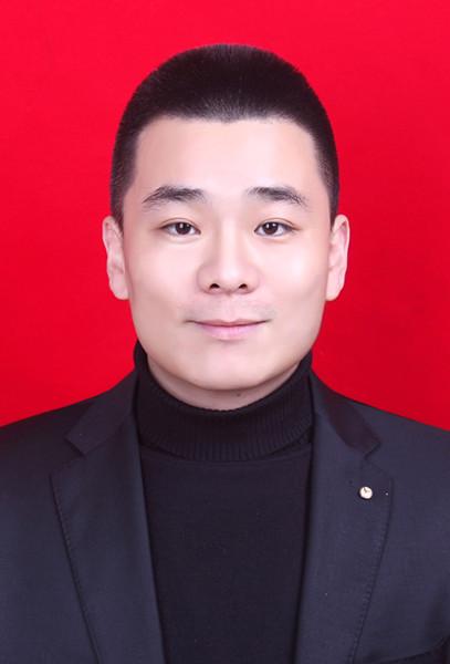 王杰超近期寸照_副本.jpg