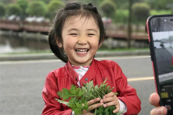 衡山县笑脸照片