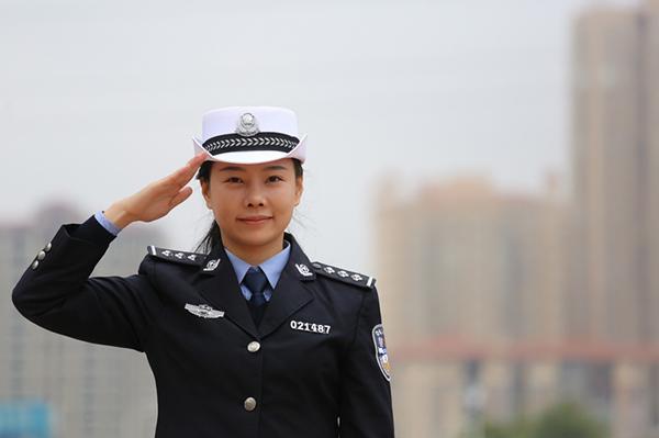 衡阳日报社笑脸照片